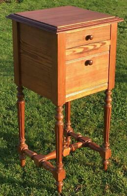 A FINE LATE 19th CENTURY FRENCH PITCH PINE BEDSIDE CABINET