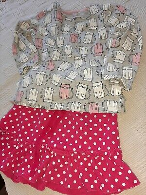 Girls top and skirt  dotty  2/3 Year  Pink,and  Cats  top TWO items .