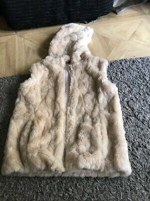 Girls Furry Gillet Age 8-9