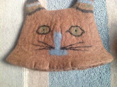 Felted tea cosy cat face People tree new with defect