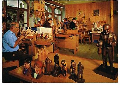 'WOODCARVING WORKSHOP' POSTCARD Brienz, Switzerland (unused) *A/F*