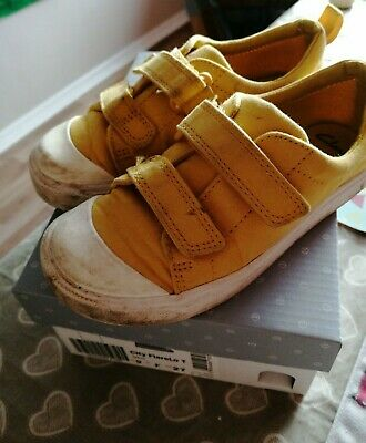 Clark's Children's Girls Yellow White trainer Shoes Size 9 F LOT 116