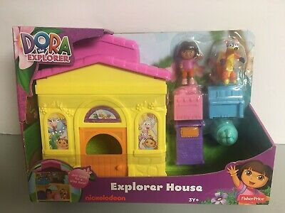 "Fisher Price ""Dora the Explorer"" Explorer House + Dora and Swiper the Fox - NEW"