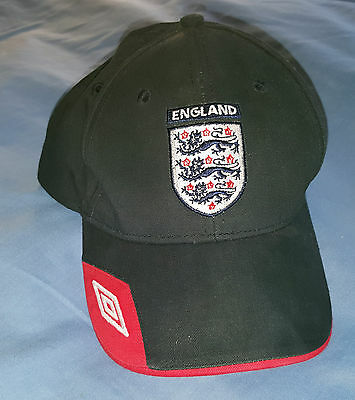 Infant's Umbro Navy Blue England Peak Cap - Excellent Condition! (approx 2yr)