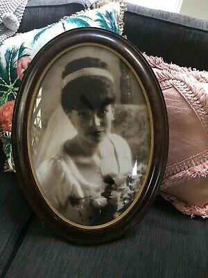 Vintage Concave Oval Wooden Picture Frame