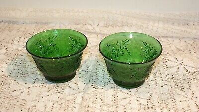 Pair of Vintage Emerald Green Small Bowls