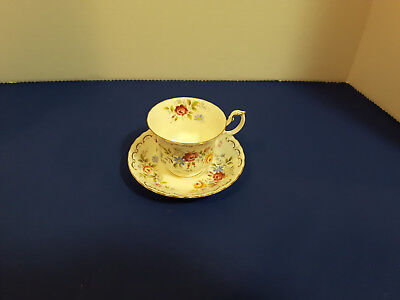 "Royal Albert "" Jubilee Rose"" Bone China 2 Tea Cups and Saucers"