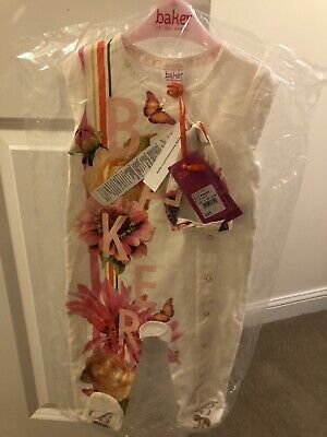 Brand New Ted Baker Baby Girls Sleepsuit Babygrow With Headband Set 9-12 Months