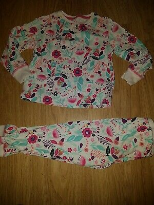 Girls Matalan white Flowery pj set.....age 6 years