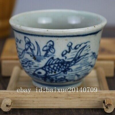 China old hand-carved porcelain Blue and white fish pattern Kung fu tea cup b01