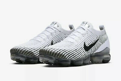 Nike Men's SZ 9.5 Air Vapormax Flyknit 3.0 White/Black AJ6900-105