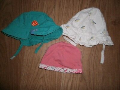 3 baby hats 0- 3 months mothercare
