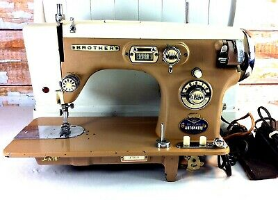 1937 BROTHER Deluxe Automatic Sewing Machine JA-16 Cast Iron Pedal Case Japan