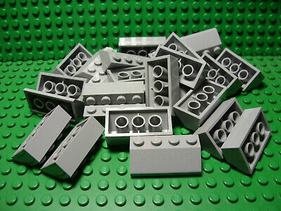 LEGO Lot of 4 Light Bluish Gray 2x2 Convex Slope Pieces