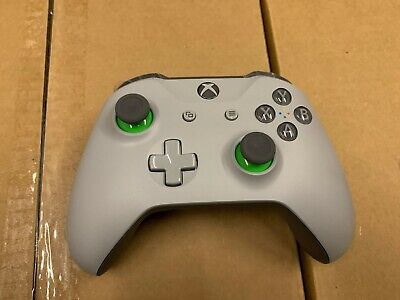 NB Microsoft Xbox One Wireless Controller - Grey/Green Fast ship