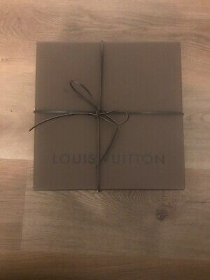 """Louis Vuitton Auth Square Brown Empty Gift Box Leather Tie 9.25"""" x 9.25"""" x 4.25"""""""