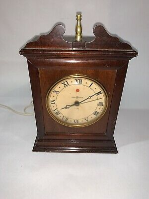 VNTG GENERAL ELECTRIC Mantel CLOCK Wood Case Model 6B14 Works