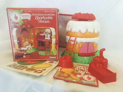 Strawberry Shortcake House Playset