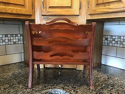 VINTAGE Antique Mahogany/Cherry Wood Magazine Rack By BUTLER WEIMAN HEIRLOOM 725