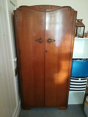 Wooden single wardrobe with shelves Austin suite