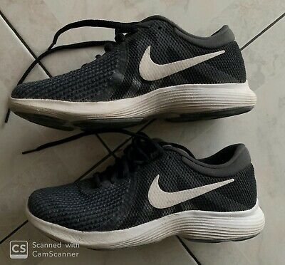 chaussures fille nike 34
