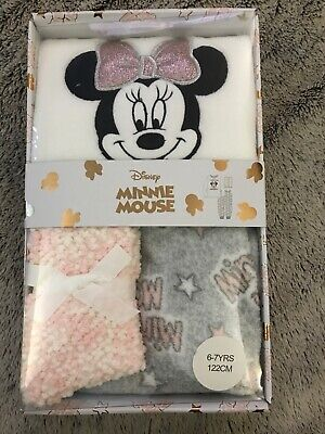 Girls Primark Minnie Mouse DIsney Fleece Pyjamas & Socks Box Set age 6-7 Years
