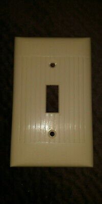 Vintage Ivory Ribbed Switch Wall Plate - D-1 - Sierra Electric Corp