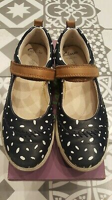 Clarks Girls Navy Spot Molly Shoes Boxed Size 11.5F