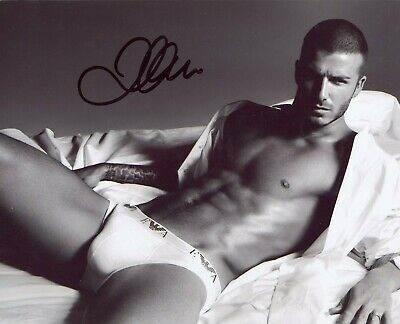 David Beckham (Footballer), Hand Signed 10 X 8 Photo.