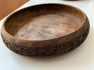 Beautiful hand carved vintage timber salad bowl. Indonesian?