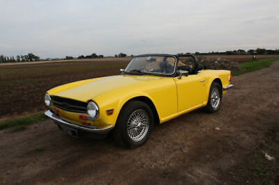 Triumph Tr6 1974 Original Rhd Uk Fuel Injected Car With Overdrive In Yellow
