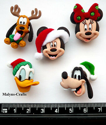 Disney CHRISTMAS HEADS Novelty Craft Buttons Mickey Mouse Minnie Holiday Pluto