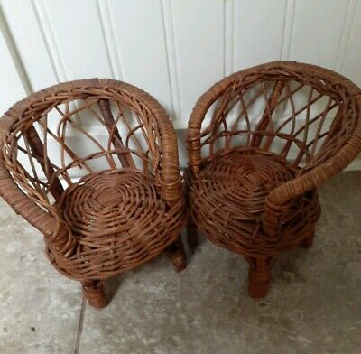 """Vintage Wicker Rattan Doll House Chairs 5/"""" Barbie Size Furniture Set Of 2"""