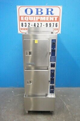 Cleveland 10 Pan Gas Convection Steamer With Cabinet Base Model: 24Cga10