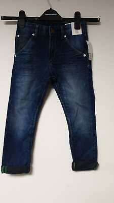 H&M Tapered Worn Jeans Age 6-7 EU 122cm LN001 MM 01