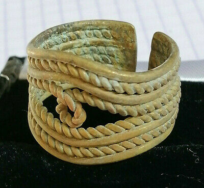 Extremely Ancient Roman Bronze Ring Very Stunnung Rare Type Twisted