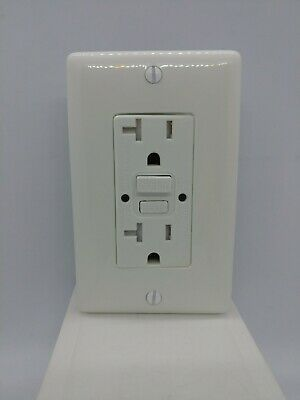 HUBBELL WIRING DEVICE-KELLEMS GFTWRST20W GFCI Receptacle,20A,125VAC,5-20R,White
