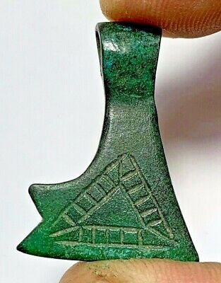 MUSEUM QUALITY ROMAN BRONZE DECORATED ANCHOR PENDANT CIRCA 100-300AD 10.6gr 34mm