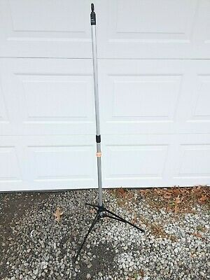 Sharps Pitch it IV pole collapsible and portable #30007