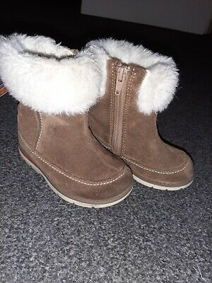 CLARKS Toddler Girls Tan Suede Fur Trim Leather Boots - Uk Size 5.5 G Infant