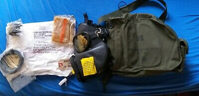 Original NOS Gas Mask dated 1972 , protective, field,