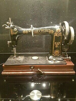 Antique Wheeler & Wilson D9 Hand Crank Sewing Machine Working Condition