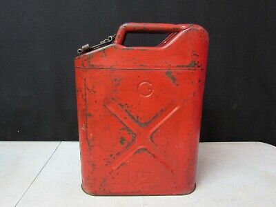 Vintage 5 Gallon Jerry Gas Can Red Metal With Lid Ico 5L Radio Steel 20-5-51