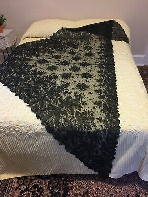 Antique French Chantilly Lace Shawl Wrap Cape Victorian 19th Century Lovely