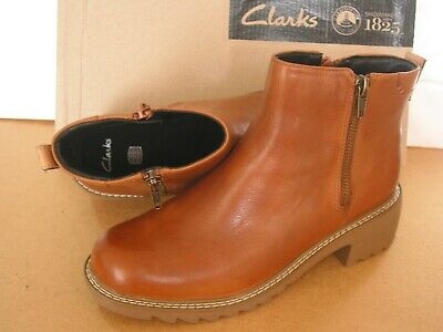 New Clarks Frankie Foam Older Girls Tan Leather Ankle Boots Size 4 G
