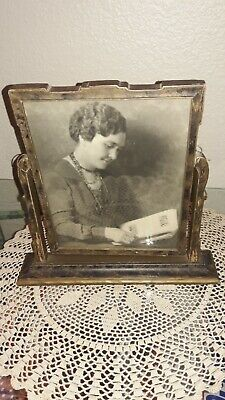 Antique/Vintage Wooden Stand Up Frame, With Period Photo Inside, Swivels