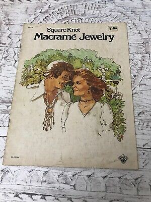 Square Knot Macrame Jewelry Vintage Retro 1975 Leaflet Pattern Booklet