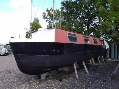 30ft canal,narrow, weekend, leisure  boat spare / repair project liveaboard