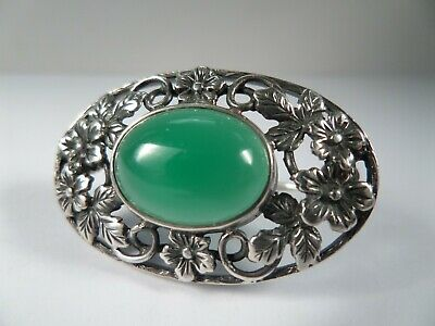 Beautiful, Arts & Crafts Design, Sterling Silver and Chrysoprase Brooch - Signed