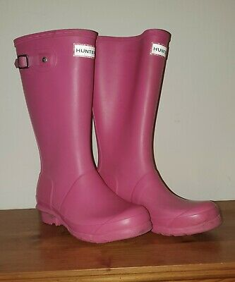 Girls Pink Hunter Wellies Wellington Boots Size 2  34  Very little use